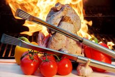 Free Summer Picnic  Barbeque Royalty Free Stock Photography - 36129907