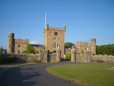 Free Stable Buildings In Castle Grounds Stock Photography - 36133312