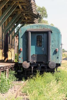 Free Old Rusty Train Wagon Stock Photography - 36156722
