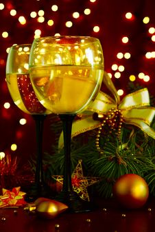 Free Champagne At New Year S Entourage Stock Images - 36160554