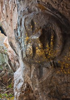 The Stucco Of Ancient Reclining Buddha At The Khao Ngu Cave In T Stock Photo