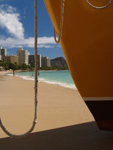Free The Beach At Waikiki Sailboat Royalty Free Stock Images - 3621389