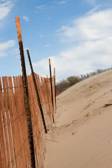 Free Beach Sand Fence Royalty Free Stock Images - 3628129
