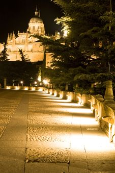 Footpath To The Cathedral Royalty Free Stock Photography