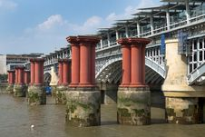 Free Old Blackfriars Bridge, London Royalty Free Stock Photo - 36204035