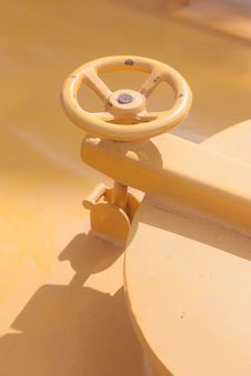 Free Yellow Valve Stock Photo - 36206280