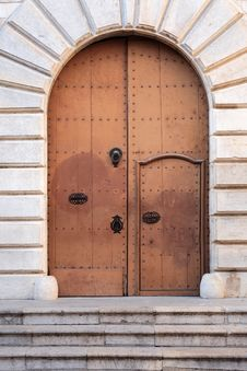 Free Old Door Royalty Free Stock Image - 36214676
