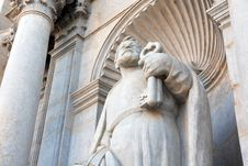 Free Saint Peter With Keys Royalty Free Stock Photography - 36238097