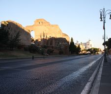 Free Roman Street View Royalty Free Stock Image - 36241016