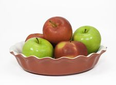 Free Red And Green Apples In A Pie Plate Stock Images - 36246724