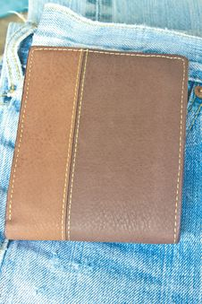 Free Brown Wallet In Jeans Trousers Back Pocket Royalty Free Stock Photos - 36259678