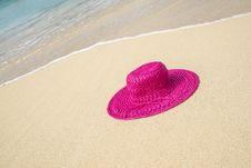 Free Pink Straw Hat On A Beach 2 Stock Image - 36260041