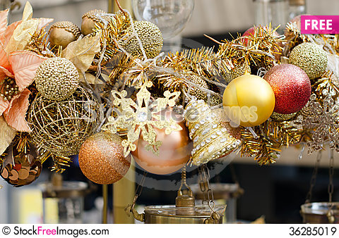 Free Close Up Of Christmas Decoration Royalty Free Stock Images - 36285019