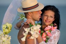 Free Newlywed Couple In Hawaiian Hula Stock Images - 36290444