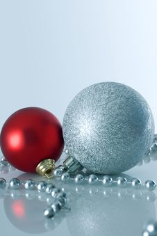 Free Two Christmas Balls Stock Image - 3639581