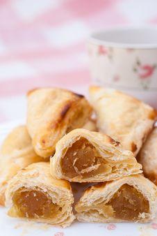Free Pineapple Pie Stock Photo - 36309030