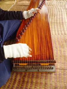 Free Playing A Harp Royalty Free Stock Images - 36310369