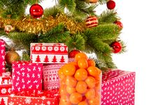 Free Christmas Tree With Gifts And Mandarines Royalty Free Stock Image - 36312466