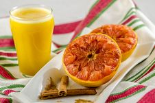 Free Grapefruit Breakfast Stock Photos - 36316493