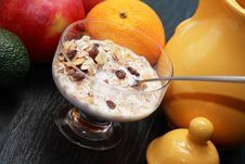 Free Muesli And Fruits Royalty Free Stock Photos - 36326388