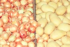 Free Onions And Potatoes, Vintage Style. Royalty Free Stock Photos - 36328938