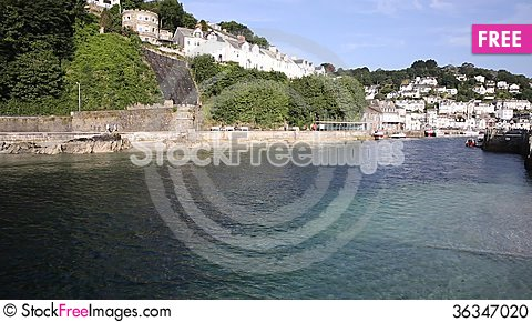 Free Looe Town And River Cornwall England, Stock Photo - 36347020