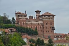 Free Cereseto Castle - Italy Royalty Free Stock Images - 36347579