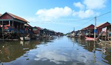 Free Flood In Cambodia Royalty Free Stock Images - 36356769