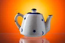 Free Ceramic Teapot Royalty Free Stock Photo - 36359145