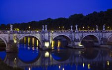 Free Santangelo Bridge - Rome Royalty Free Stock Photography - 36366267
