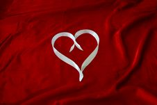 Free Heart In White Ribbon Royalty Free Stock Photography - 36378277