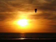 Free Kite Surfer On A Beach Near Melkbosstrand Stock Images - 3641914