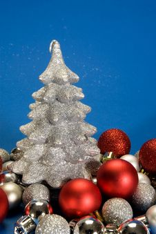 Free Sparkle Tree Royalty Free Stock Photo - 3642885