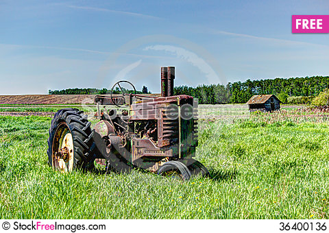 Free Abandoned Tractor Royalty Free Stock Image - 36400136