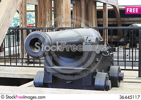 Free USS Cairo Ironclad War Ship Cannon Royalty Free Stock Photography - 36445117