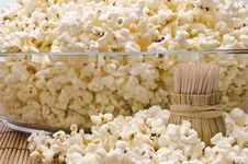 Free Wooden Toothpicks And Popcorn Royalty Free Stock Photos - 36445328
