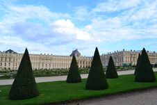 Free Versailles Palace In France Royalty Free Stock Image - 36446336