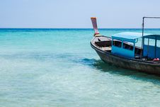 Free Blue Boat On The Beach Stock Photos - 36449273