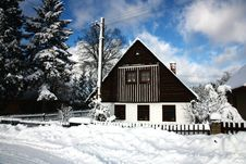 Free Cottage In Winter Stock Image - 36449311