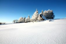 Free Cottage In Winter Stock Photography - 36449492