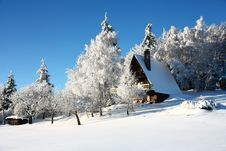 Free Cottage In Winter Royalty Free Stock Photos - 36449498