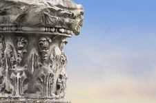 Free Fragments Of Ancient Columns On Sky Background Stock Photography - 36475202