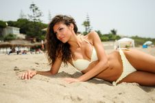 Free Woman With Beautiful Body On A Tropical Beach Stock Photography - 36479792