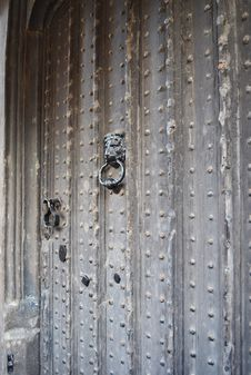 Free Old Tudor House Door With Knocker Stock Image - 36480281