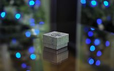 Free Silver Gift Box With Lights Royalty Free Stock Photo - 36484415