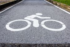 Free Bicycle Sign Royalty Free Stock Photos - 36485738