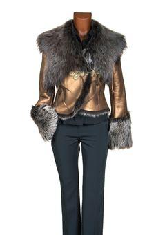 Free Female Winter Jacket Royalty Free Stock Photography - 3651147