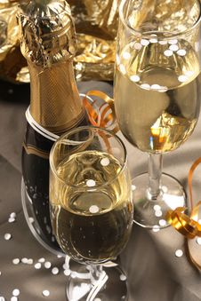 Free Glass Ready For  Holiday Stock Images - 3653424