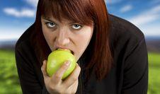 Free Girl Eating Delicious Green Apple Stock Photos - 3654093