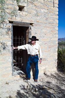 Free Abandoned Jail House Stock Photography - 3659752